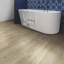 Quickstep Im3557 Soft Oak Light brown-£21.95 M2